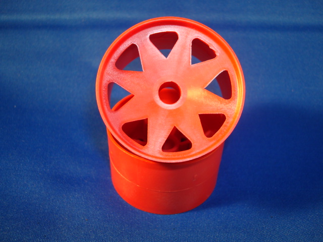WT8690RED Windtunnel 1/10th Red Front Wheels (pair)