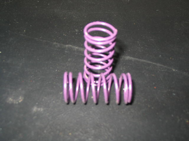 WT3307 Purple 7# (CS) Center Shock Springs. (pair)