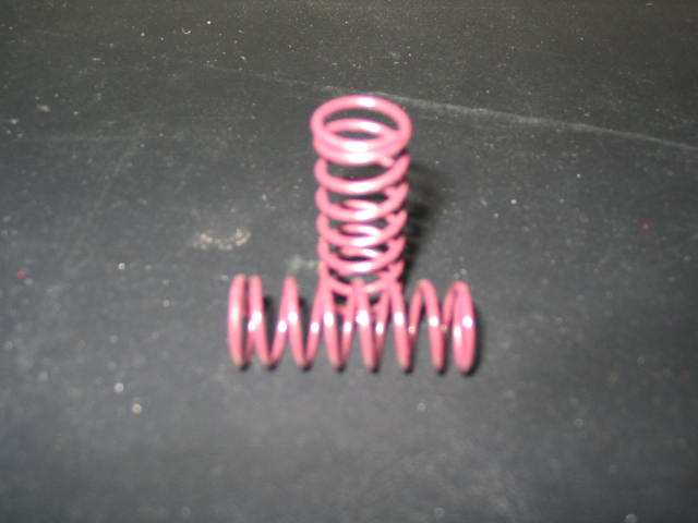 WT3106 Purple 11# VCS Side Shock Springs. (pair)